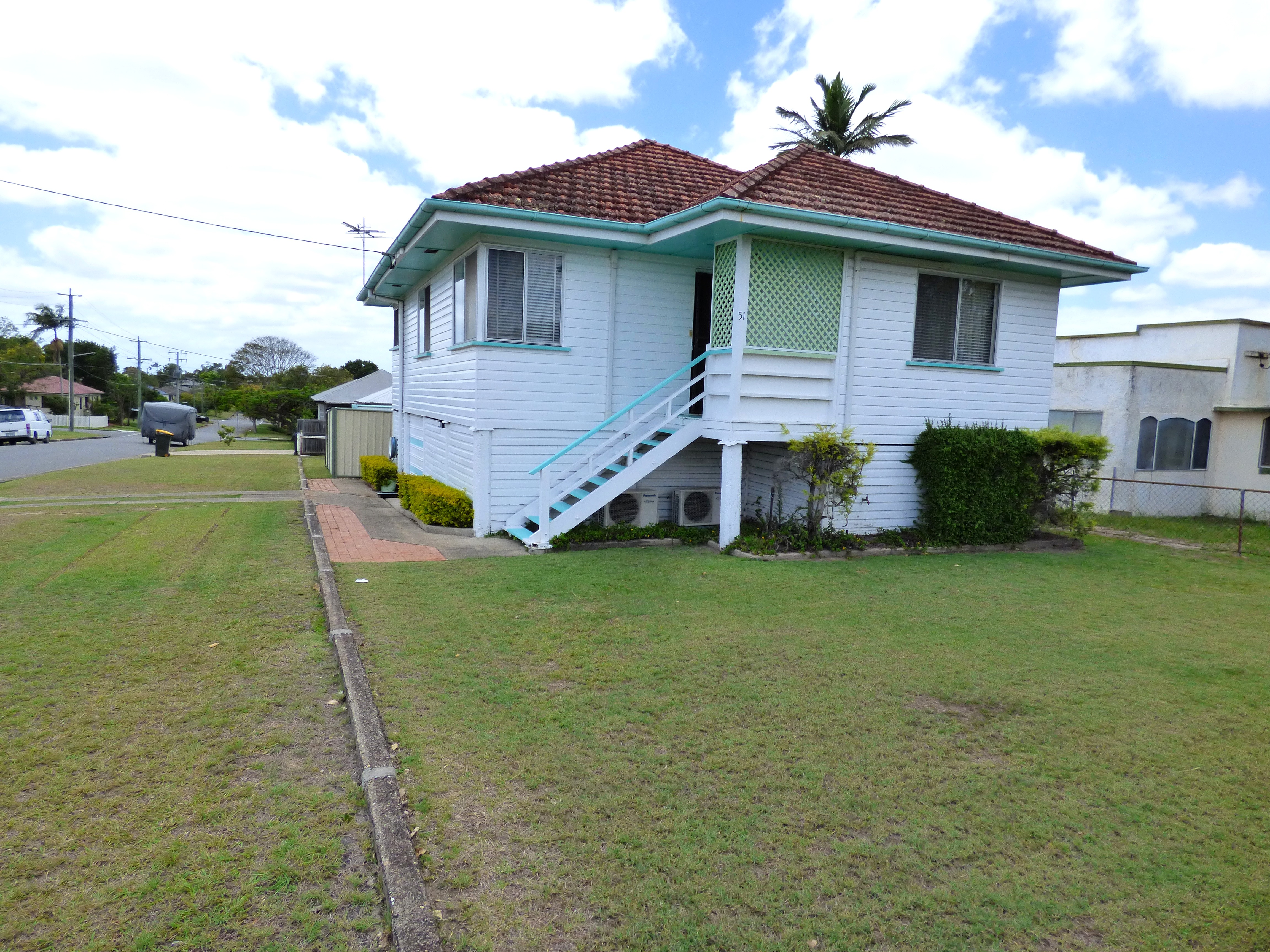 3 BEDROOM HIGH SET HOUSE. SOLID H/WOOD FRAME AND FLOORBOARDS. AIR-CON TO MAIN B'ROOM & LOUNGE. STORAGE UNDER + REAR SHED. $655,000