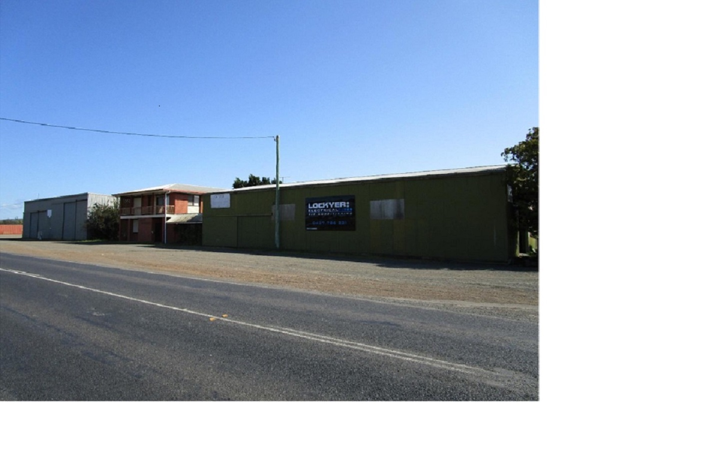 2 X LARGE POWERED SHEDS + 3 BEDROOM HOUSE ON 1.27 Ha. SUITABLE FOR TRUCK DEPOT, COMMERCIAL REPAIR, FABRICATION. $1,800,000